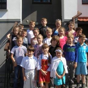 """Półkolonię dla dzieci z nauczaniem języka polskiego """"Lato z Domem Polskim"""""""