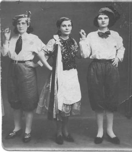 Maria Brzecka - w Paryskim teatrze (Francja, 1944 r.)