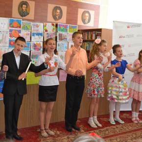 Uroczystość ostatniego dzwonka na Sobotnich Kółkach Twórczych w Domu Polskim