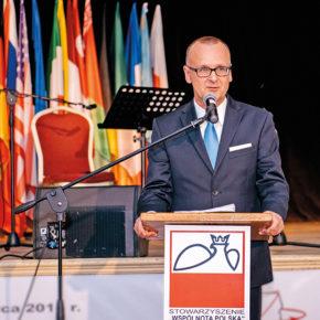 Dariusz Bonisławski: nasza misja to pomaganie Polonii